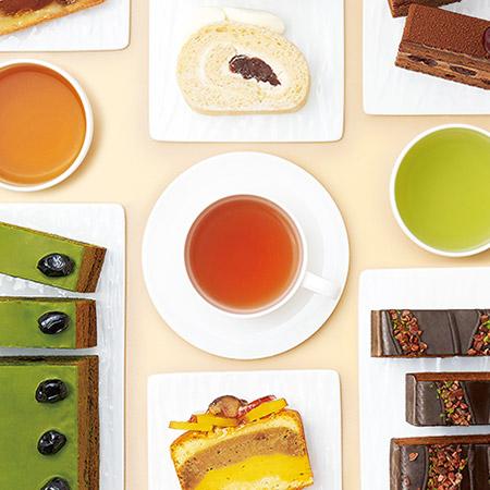 ケーキとお茶のセット