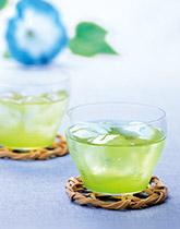 夏の水分補給にぴったり!水出し緑茶で健やかに
