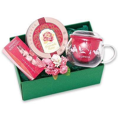 紅茶と茶器とスイーツ「ディライト」
